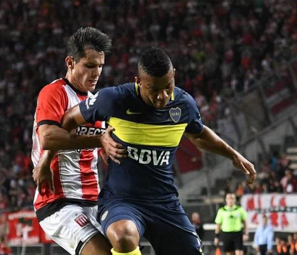 lateral-do-boca-juniors-e-vitima-de-racismo-no-campeonato-argentino-Futebol-Latino-08-05