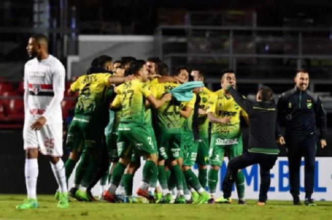 relembre-cinco-zebras-na-historia-da-copa-sul-americana-Futebol-Latino-12-05