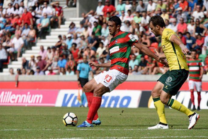 atacante-ja-muda-o-foco-para-as-primeiras-pedreiras-em-portugal-Futebol-Latino-11-08