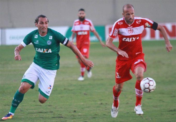 crb-e-goias-duelarao-querendo-deixar-para-tras-o-temido-z4-Futebol-Latino-13-11