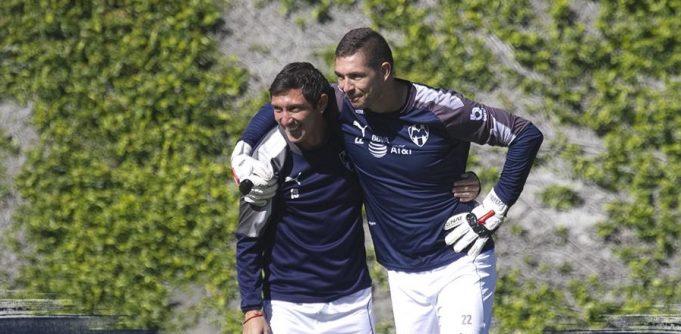 monterrey-mostrando-que-defesa-vence-campeonato-Futebol-Latino-01-11