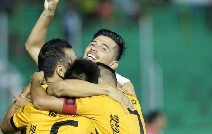 destroyers-segura-empate-valioso-e-retorna-elite-na-bolivia-Futebol-Latino-29-12
