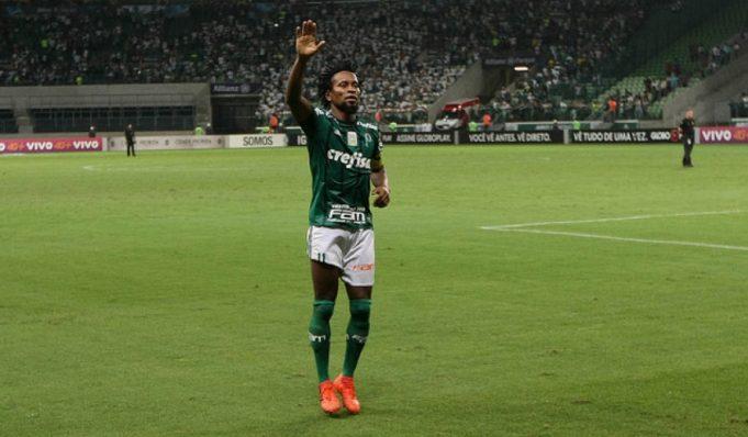 seis-brasileiros-presentes-na-selecao-de-ex-companheiros-de-ze-roberto-Futebol-Latino-05-12