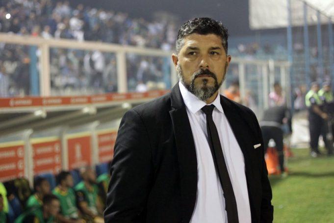 tecnico-do-penarol-e-ligado-a-clube-do-oriente-medio-Futebol-Latino-15-05