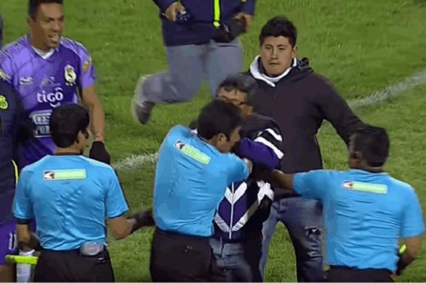 em-jogo-de-quatro-expulsoes-presidente-de-clube-agride-arbitro-na-bolivia-Futebol-Latino-05-06