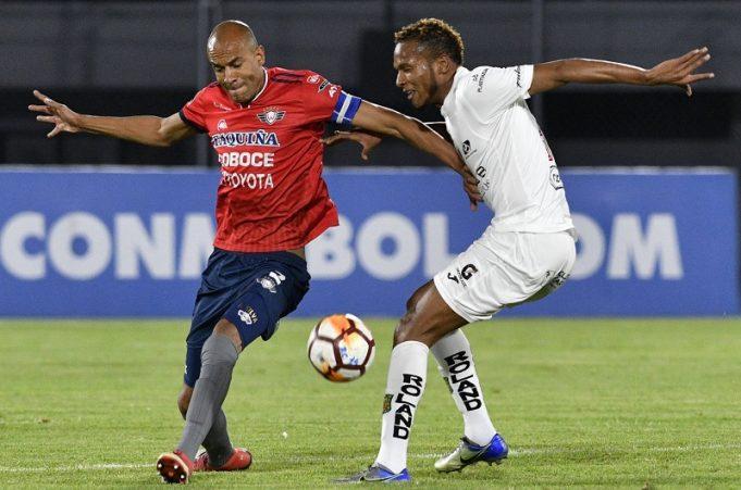Jorge-Wilstermann-Deportivo-Cuenca-Copa-Sul-Americana-Futebol-Latino-1-31-07