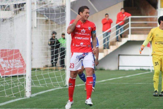 com-experiencia-no-futebol-sul-americano-zagueiro-uruguaio-mira-o-brasil-Futebol-Latino-16-01