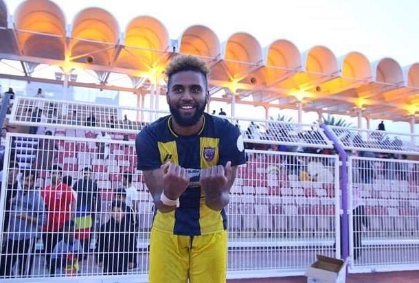 ex-flamengo-luiz-muralha-marca-lindo-e-decisivo-gol-na-copa-saudita-Futebol-Latino-07-01