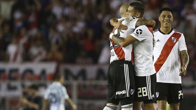 River Plate Contra Racing: River Plate Vence O Líder Racing Pela Superliga Argentina