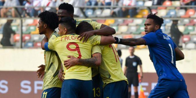 Colombia-Peru-amistoso-Futebol-Latino-09-06