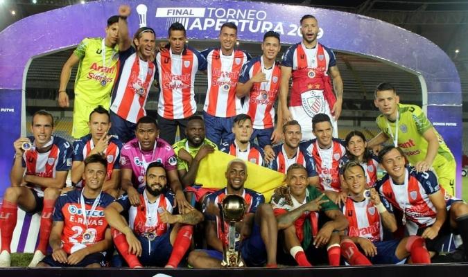 campeao-do-apertura-na-venezuela-domina-selecao-do-torneio-Futebol-Latino-11-07