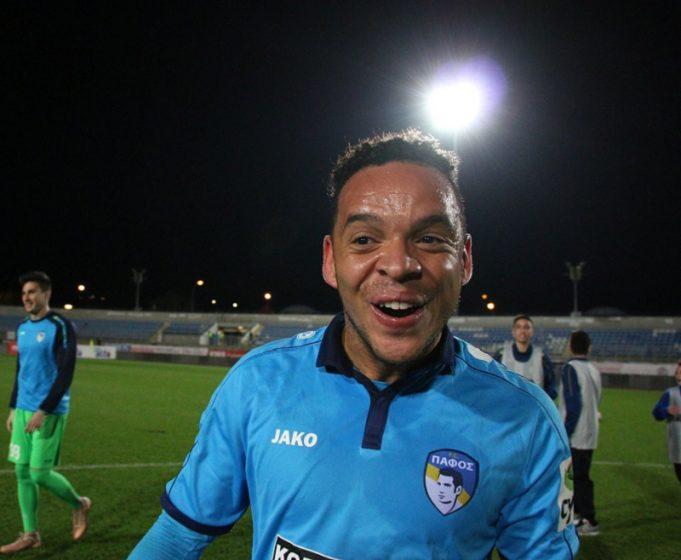 confiante-por-vaga-do-timao-ex-corinthians-ficara-na-torcida-a-distancia-Futebol-Latino-08-04