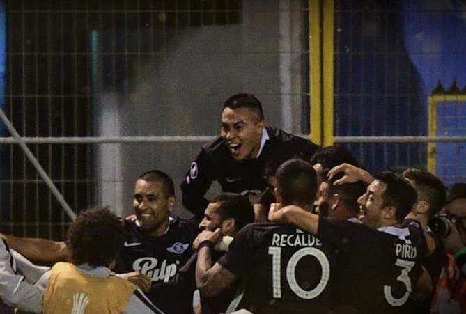 de-virada-libertad-vence-catolica-no-chile-e-carimba-vaga-Futebol-Latino-10-04