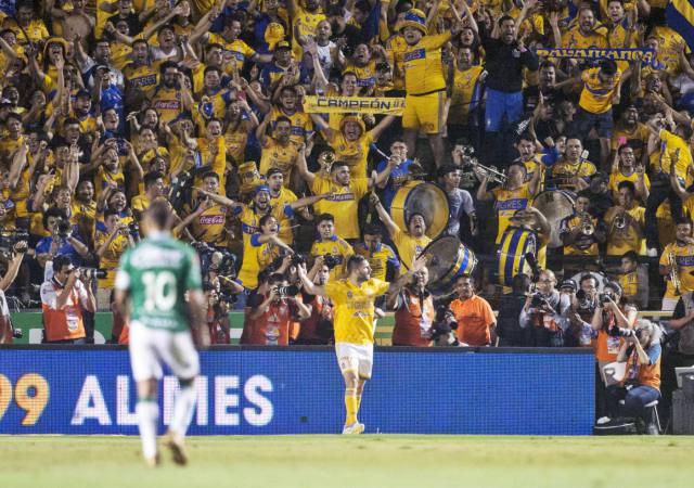 tigres-pula-na-frente-pela-decisao-do-clausura-na-liga-mx-Futebol-Latino-24-05