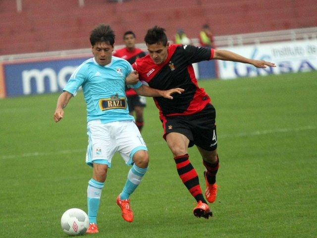 Apertura-Peru-Melgar-Sporting-Cristal-Futebol-Latino-22-08