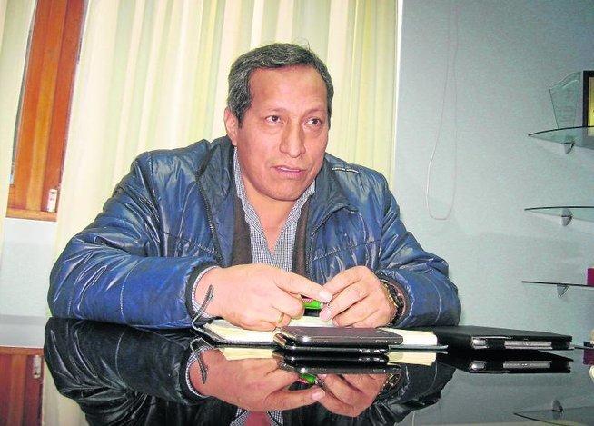 Julio-Vásquez-Cárdenas-Futebol-Latino-14-08