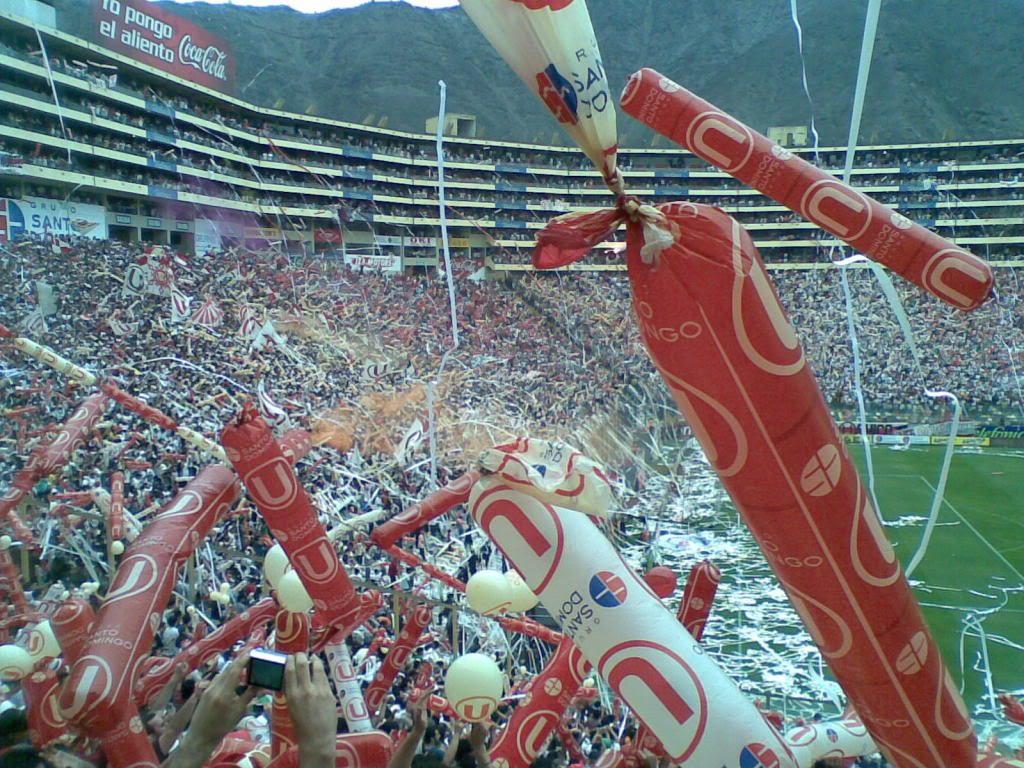 Torcida-Universitario-liberada-Futebol-Latino-09-09