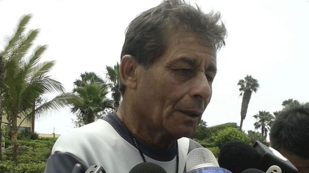 Roberto-Chale-deve-renovar-com-o-Universitario-Futebol-Latino-24-11