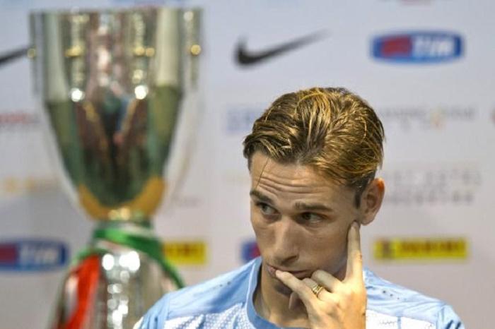 caminhao-lesoes-argentina-ganhou-primeira-baixa-defintiva-Biglia-Futebol-Latino-31-05
