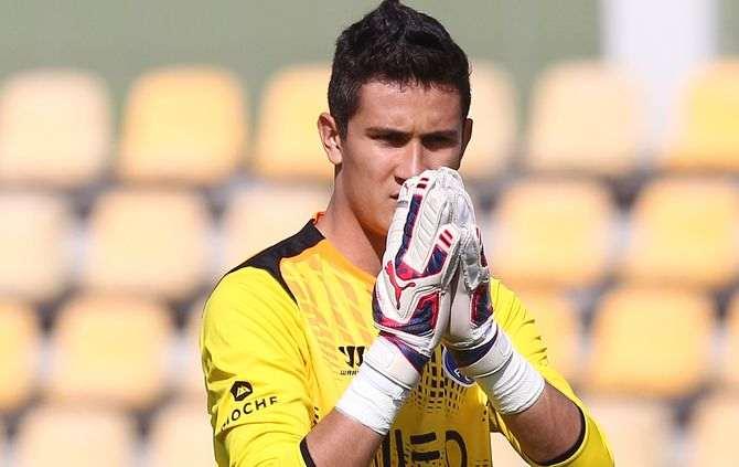 jovem-goleiro-mexicano-falha-feio-ajuda-boavista-portugal-Futebol-Latino-10-05