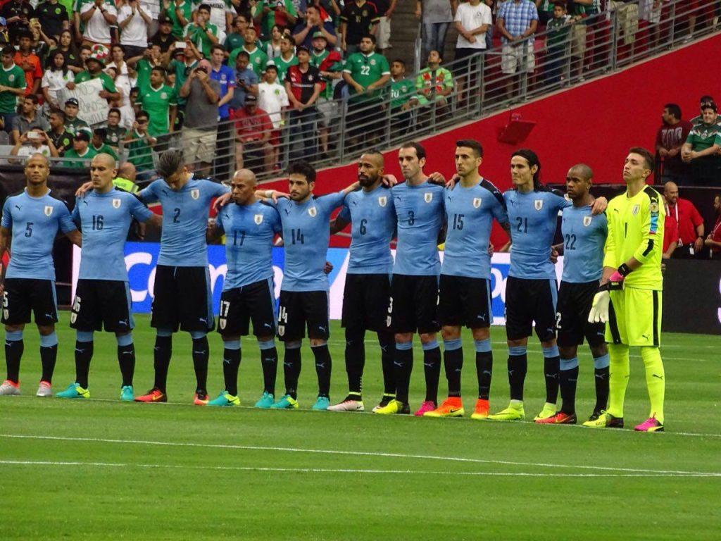 erro-hino-uruguaio-afetou-bastante-relacao-auf-comite-organizador-Futebol-Latino-06-06