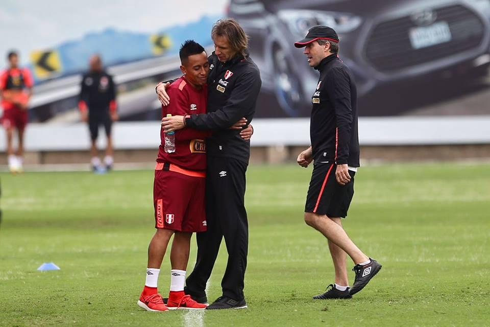 imprensa-peruana-rasga-elogios-dois-jogadores-atuam-brasil-futebol-latino-08-11