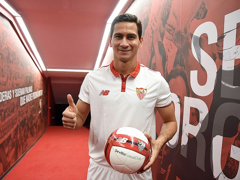 Sevilla quer vender Paulo Henrique Ganso, informa portal