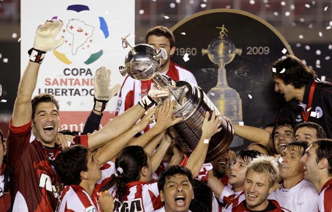 cidades-pequenas-grandes-times-os-campeoes-sul-americanos-das-capitais-Futebol-Latino-11-09