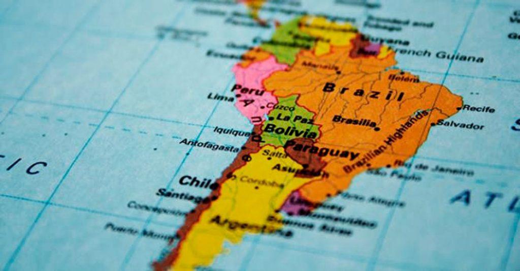 cinco-camisetas-sul-americanas-voce-precisa-ter-na-colecao-Futebol-Latino-06-09