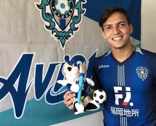 ex-atleta-da-dupla-ba-vi-comenta-inicio-no-futebol-japones-Futebol-Latino-04-09