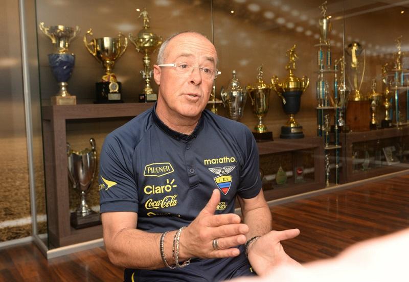 tecnico-do-equador-sabe-bem-nao-deve-diante-do-chile-Futebol-Latino-30-09