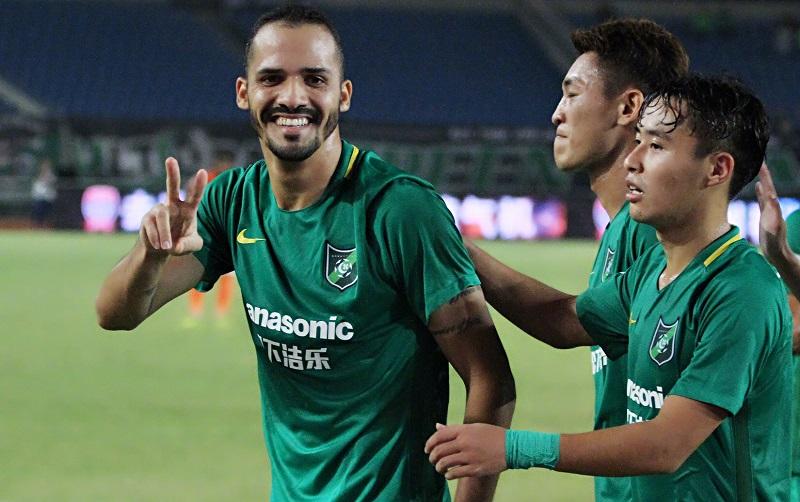 brasileiro-diz-feliz-na-china-conquista-ex-clube-no-brasil-Futebol-Latino-04-10