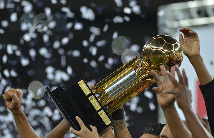 argentina-ou-brasil-paises-podem-repetir-duelo-local-na-recopa-Futebol-Latino-29-11