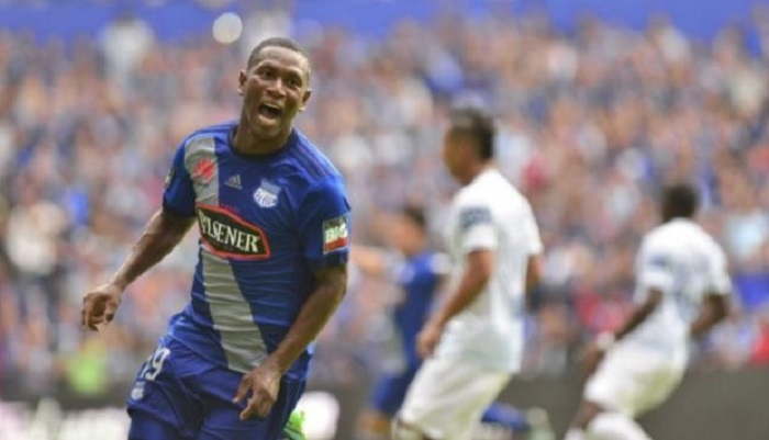 emelec-se-garante-na-final-do-equatoriano-Futebol-Latino-04-12