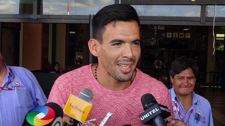 arnaldo-gimenez-faz-exames-para-acertar-com-o-jorge-wilstermann-Futebol-Latino-18-01
