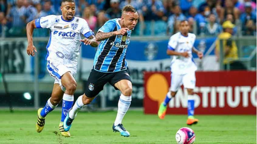 everton-analisa-derrota-pagamos-caro-pelos-nossos-erros-Futebol-Latino-03-02