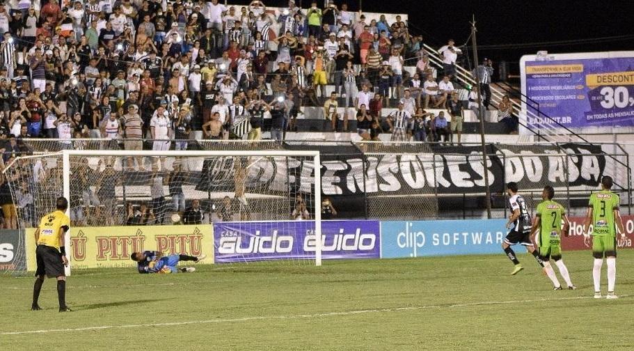 raio-x-nordestino-terceiro-lugar-em-alagoas-e-semi-aberta-no-piaui-Futebol-Latino-05-04