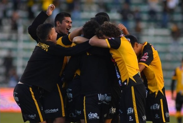 the-strongest-e-wilstermann-pulam-na-frente-no-apertura-boliviano-Futebol-Latino-21-05