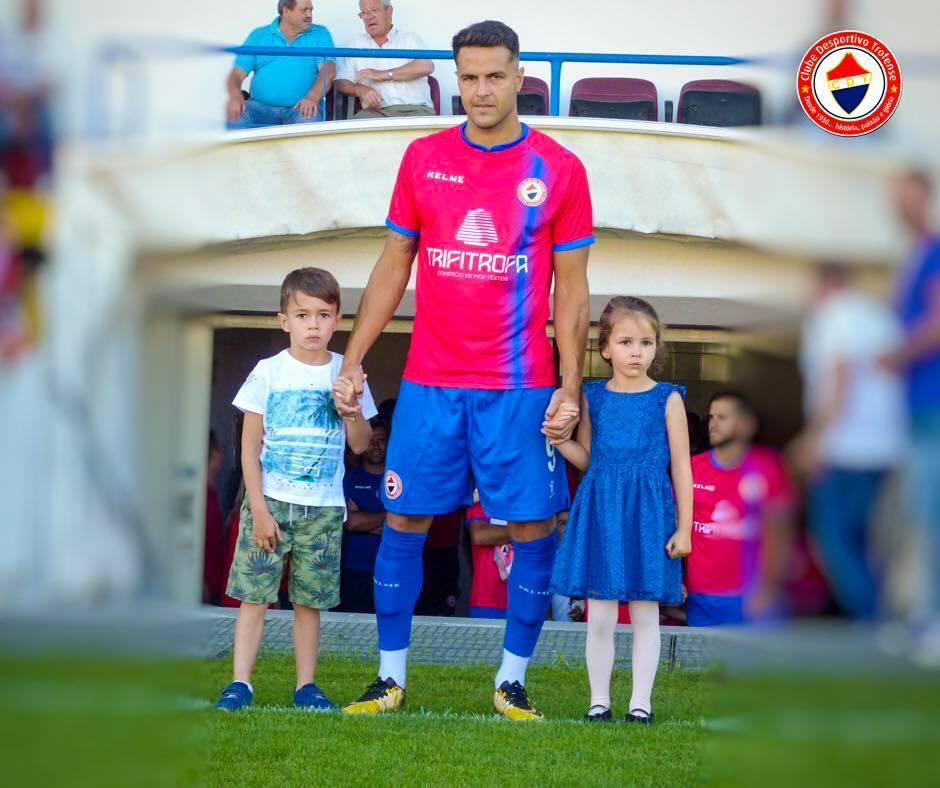 atacante-formado-no-santos-muda-de-clube-em-portugal-Futebol-Latino-30-07