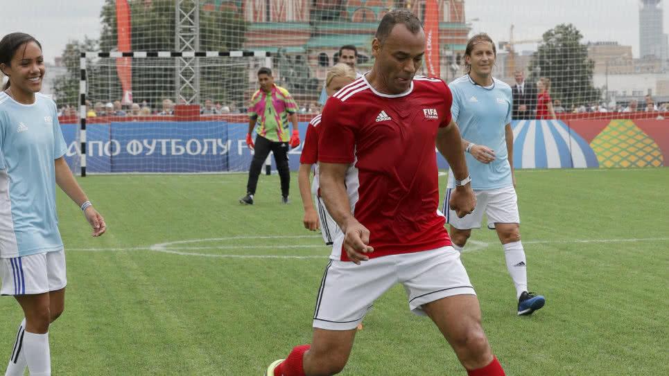 laterais-brasileiro-e-argentino-indicam-favoritismo-frances-na-copa-do-mundo-Futebol-Latino-11-07