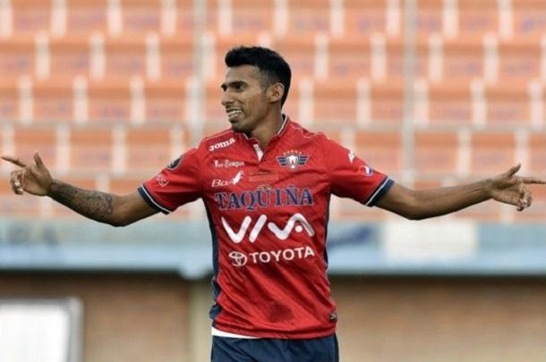 alvo-do-sport-centroavante-decide-fechar-com-ex-clube-na-bolivia-Futebol-Latino-25-12