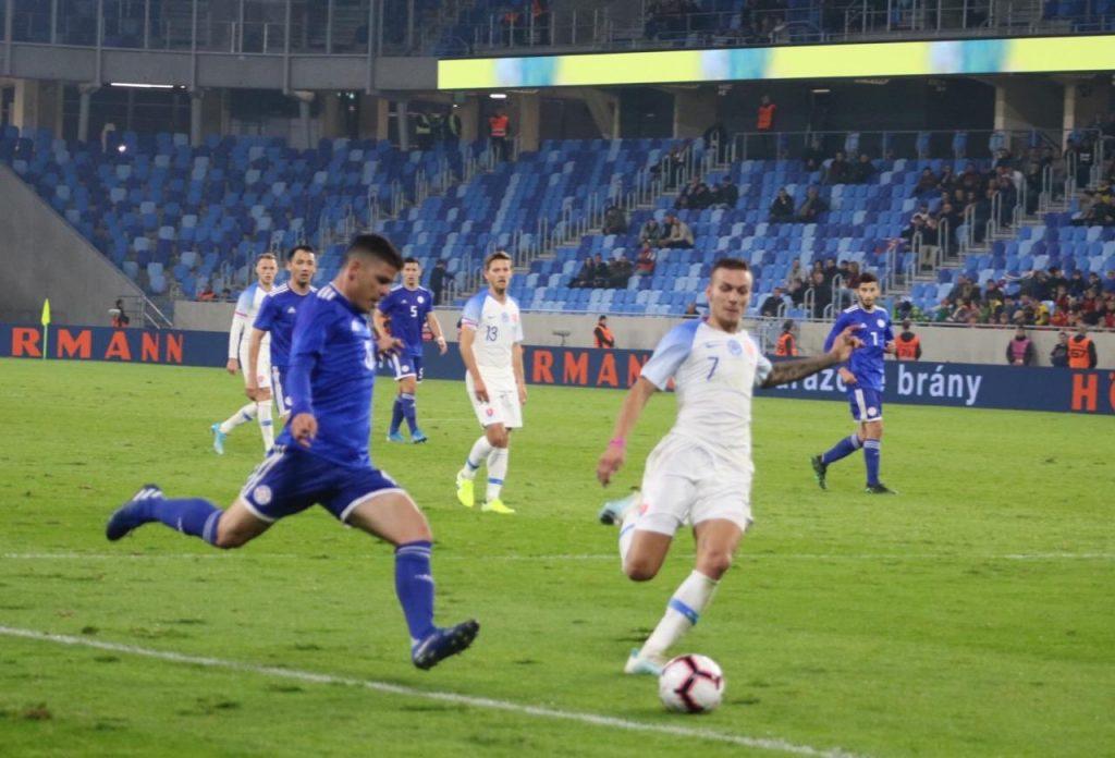 Eslovaquia-Paraguai-amistoso-Futebol-Latino-13-10