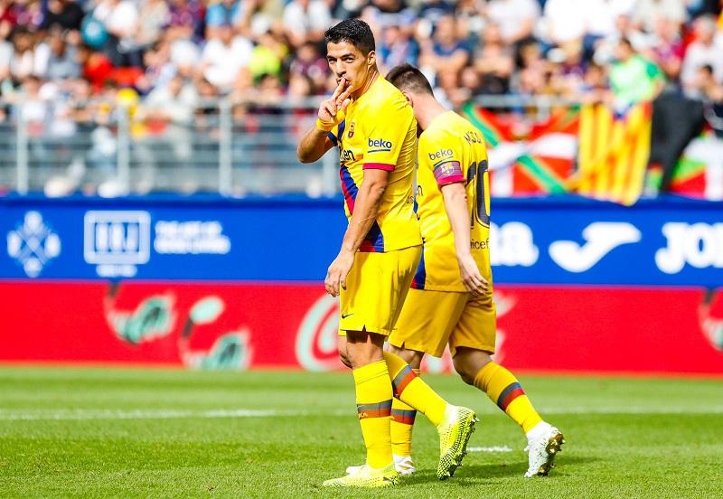 com-gol-luis-suarez-diminui-distancia-para-nome-historico-do-barcelona-Futebol-Latino-19-10