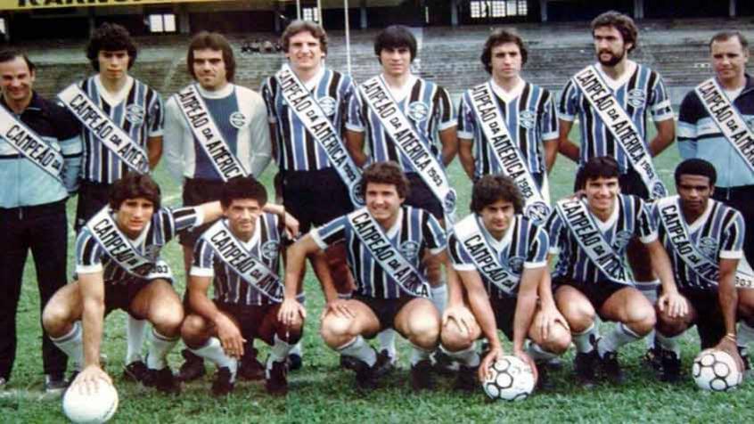 esquadroes-libertadores-1983-a-america-se-curva-ao-gremio-Futebol-Latino-16-10