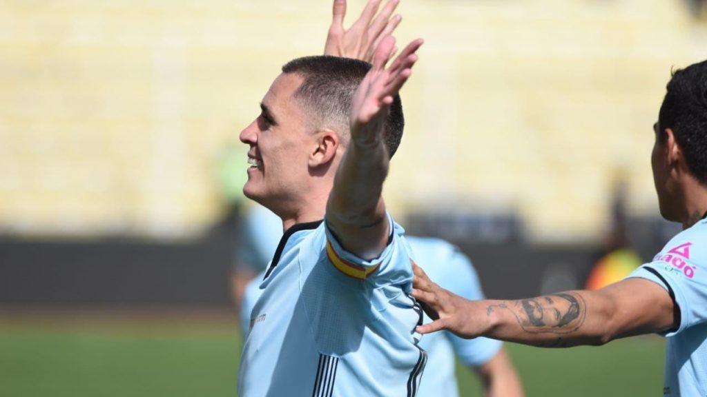 ex-real-madrid-tem-tarde-magica-fazendo-cinco-gols-na-america-do-sul-Futebol-Latino-20-10