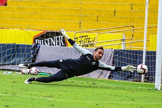 goleiro-do-barcelona-do-guayaquil-fala-sobre-erro-em-classico-Futebol-Latino-22-10