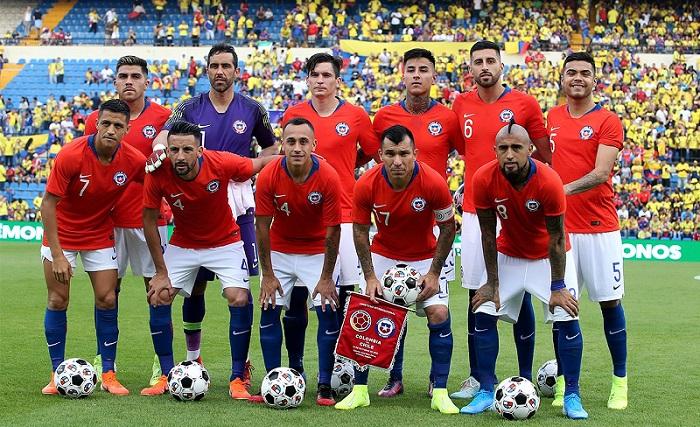 quatro-jogadores-sao-liberados-da-selecao-do-chile-Futebol-Latino-13-10