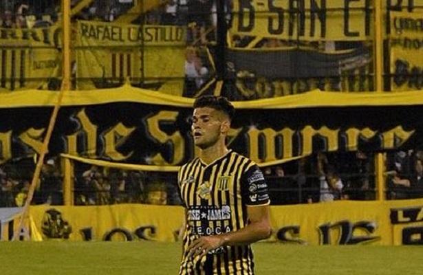 jogador-argentino-sofre-acidente-de-carro-em-buenos-aires-Futebol-Latino-17-11