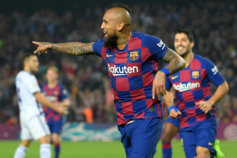 vidal-fala-de-maneira-taxativa-sobre-permanencia-no-barcelona-Futebol-Latino-29-11