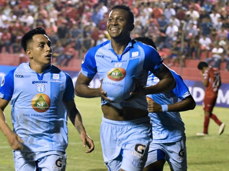 atacante-equatoriano-fala-em-propostas-interessantes-para-2020-Futebol-Latino-04-12